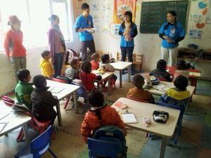 大仁國際志工服務前往青海 與藏族小朋友第一次接觸