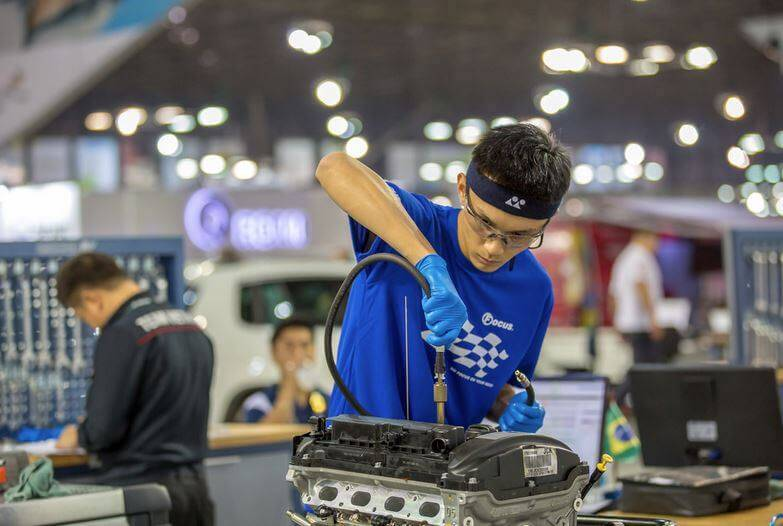 第43屆國際技能競賽 汽車技術 曾品浩 銅牌