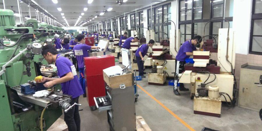 台灣就業通:10月製造業求才需求增 最高月薪80k