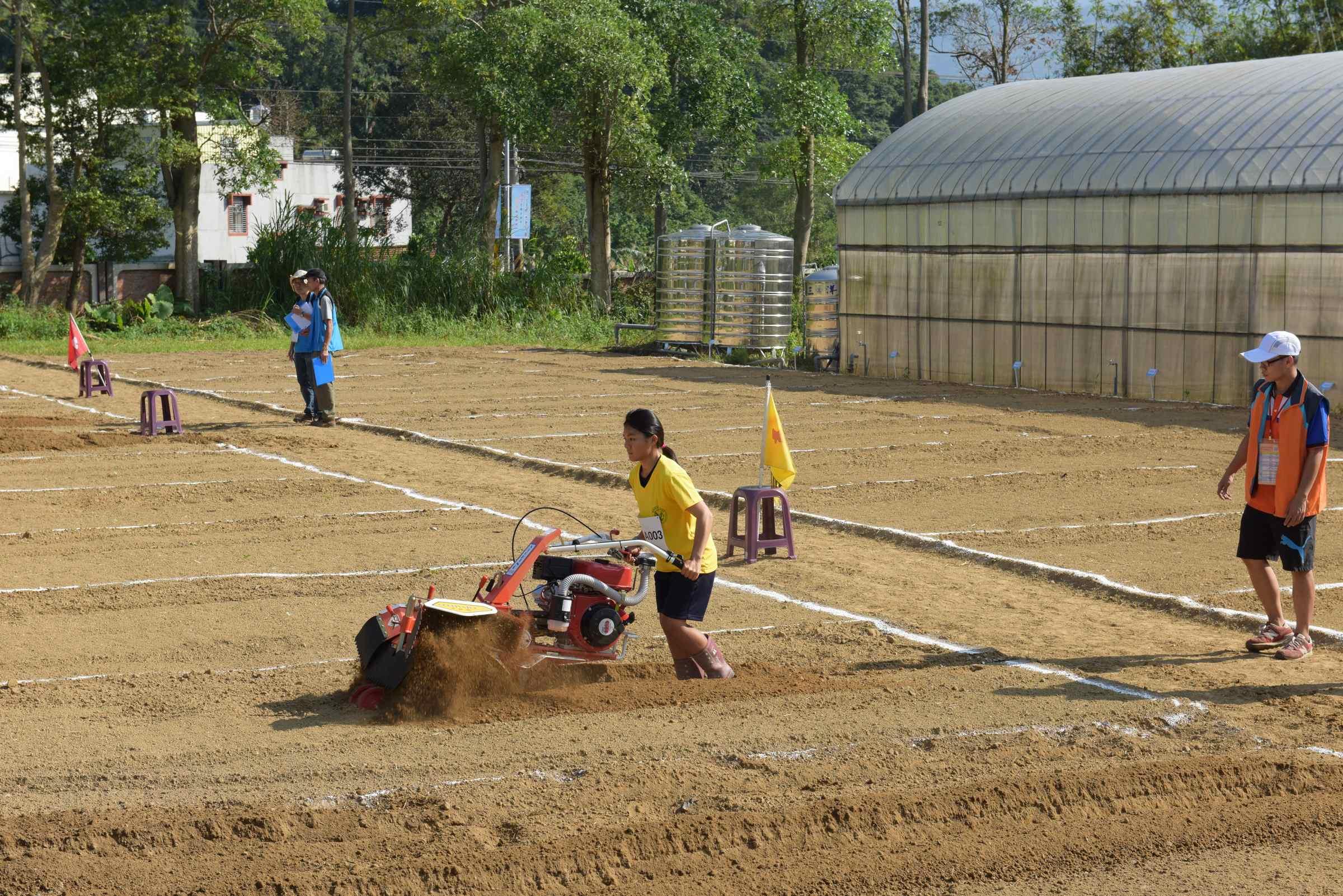 105農業類技藝競賽農場經營職種。