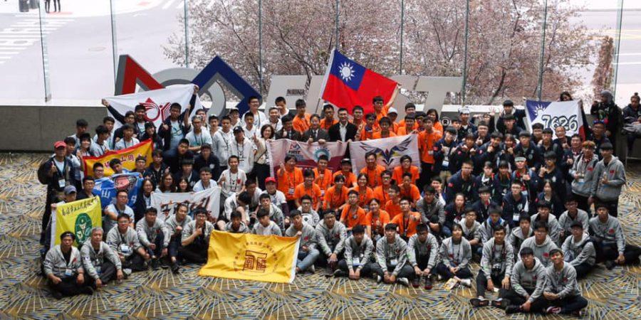 南港高工拿下FRC機器人大賽新秀最高分獎